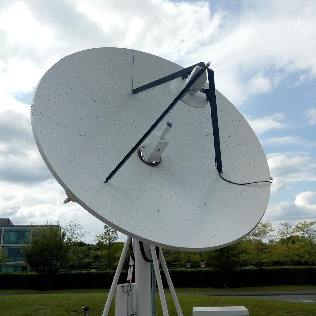 Comtechtel 5m Ka band tracking satellite dish